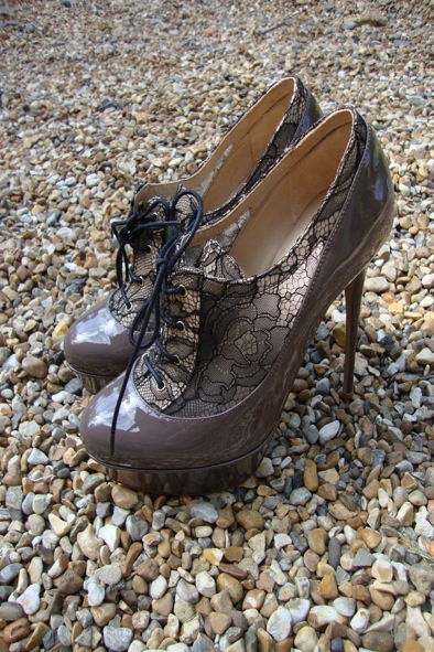 Valentino  taupe patent-leather and lace heels