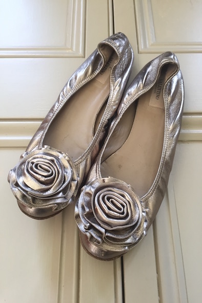 Valentino bronze leather pumps with rosettes