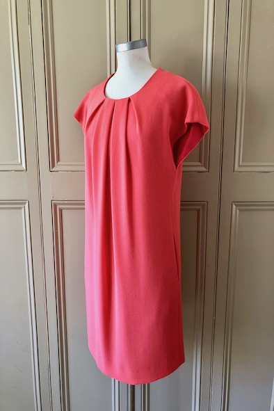 Goat coral wool dress with pockets