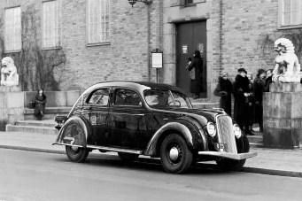 Volvo-PV36-03