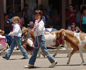Pony handlers