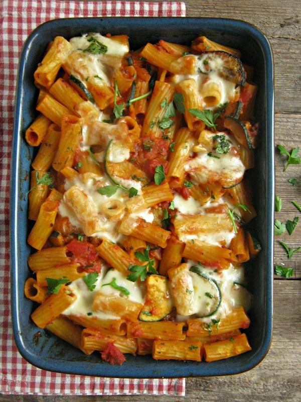 tomato-and-zucchini-pasta-bake