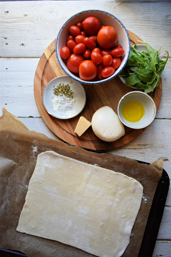 ingredients to make a tomato tart