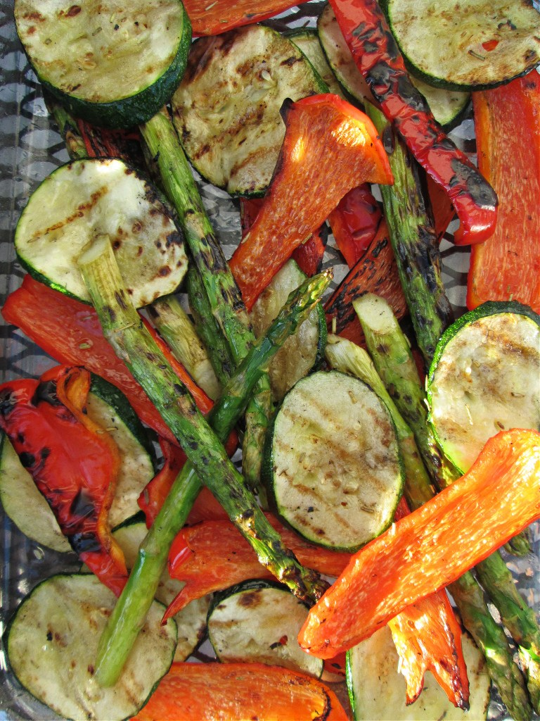 over head view of the summer grilled mixed vegatables