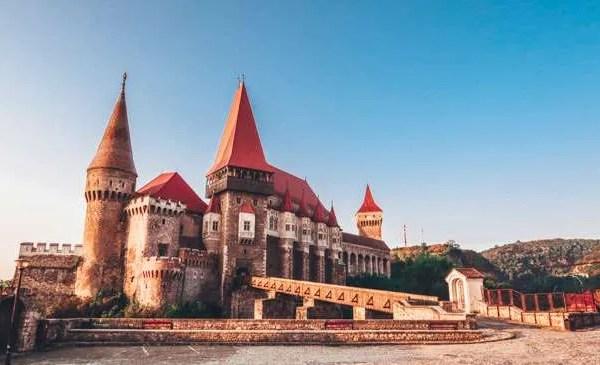 corvin castle hunyad castle hunedoara castle romania