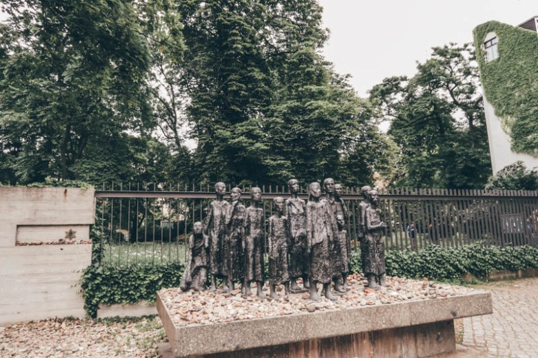 Memorial Jewish Cemetery central berlin self-guided walking tour