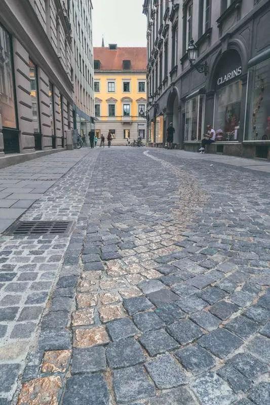 TheDodgers Alley (Drückebergergasse