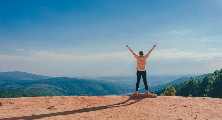 How To Make Your Travel Budget Extend Further When Travelling Solo