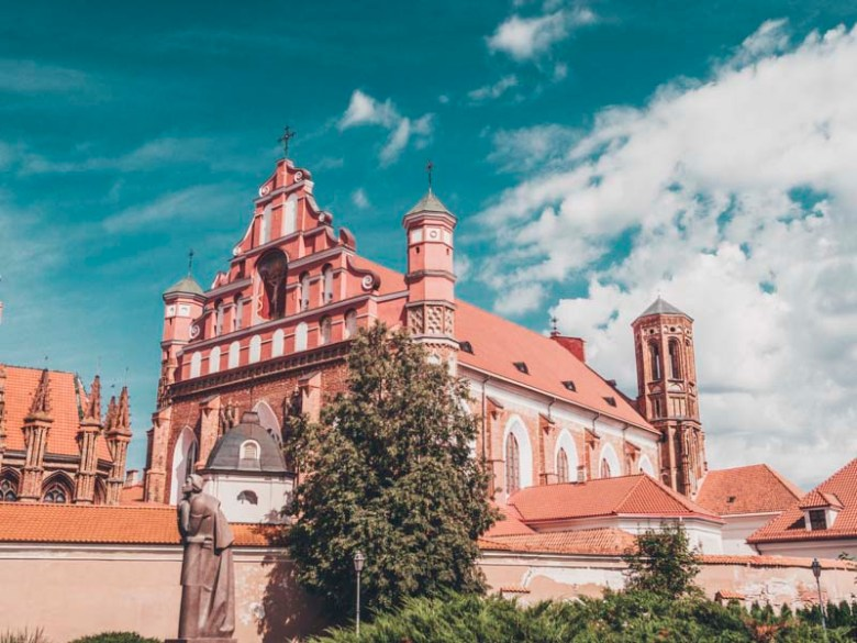 st. anne's church vilnius what you need to see in Vilnius in 1 day
