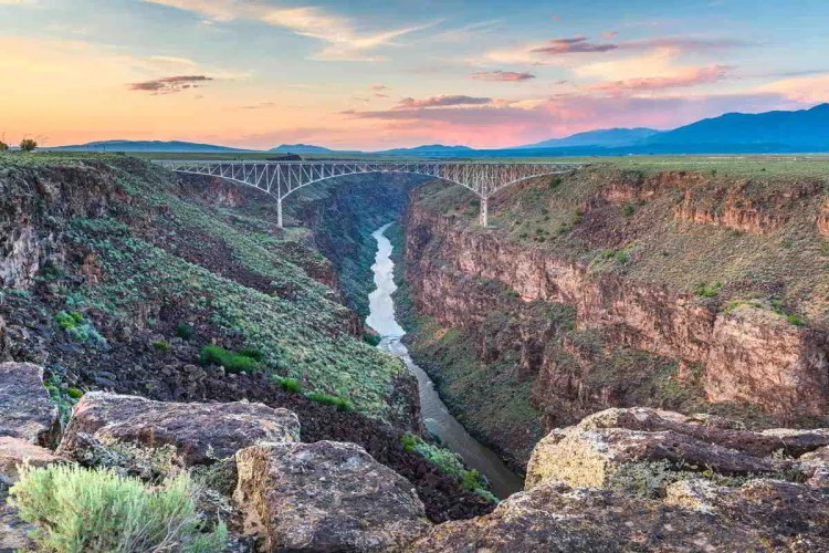10 Taos, New Mexico Best places to visit in September in the USA