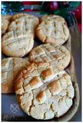31 Grandma's Old Fashioned Peanut Butter Cookies