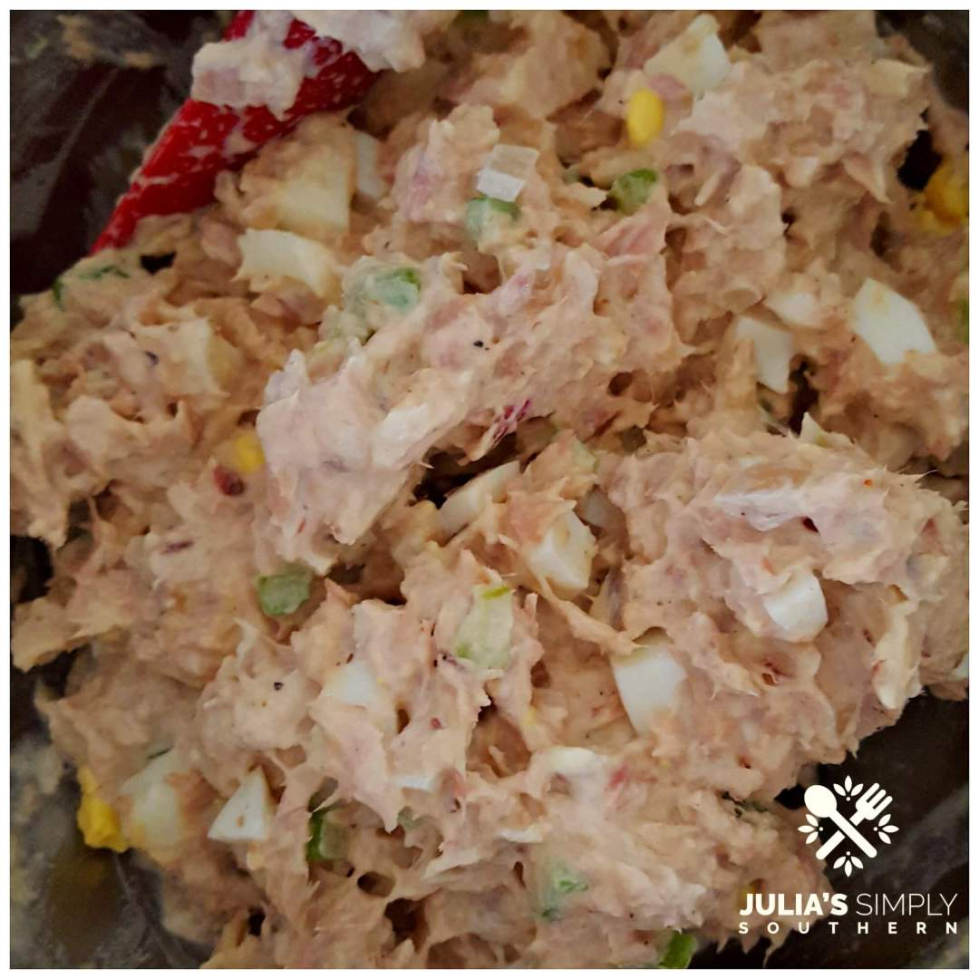 Mixing tuna salad for the best taste