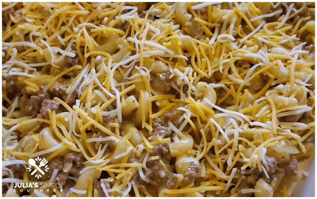 Noodles and ground beef casserole for weeknight meals