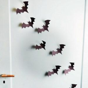 diy halloween ideen zum selber machen mit sachen die man zu hause hat, halloween party deko selber machen diy papier fledermaus (1)