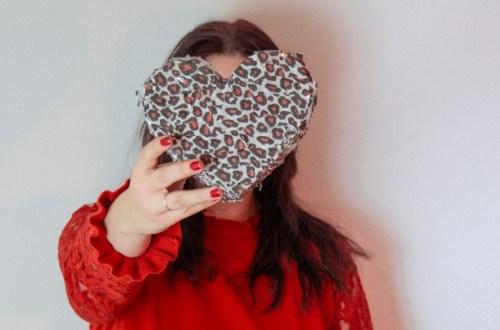 DIY Herz Pinata basteln   Valentinstagsgeschenkidee für Freundin   Valentinsgeschenkidee für Freund   DIY Valentinstag Geschenkideen   Herzpinata basteln   Do it yourself Pinata Herz