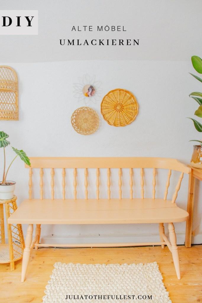 Möbel umlackieren in 3 einfachen Schritten. Bank in apricot mit Deko.
