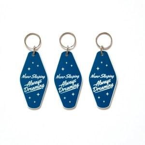 porte clé motel bleu