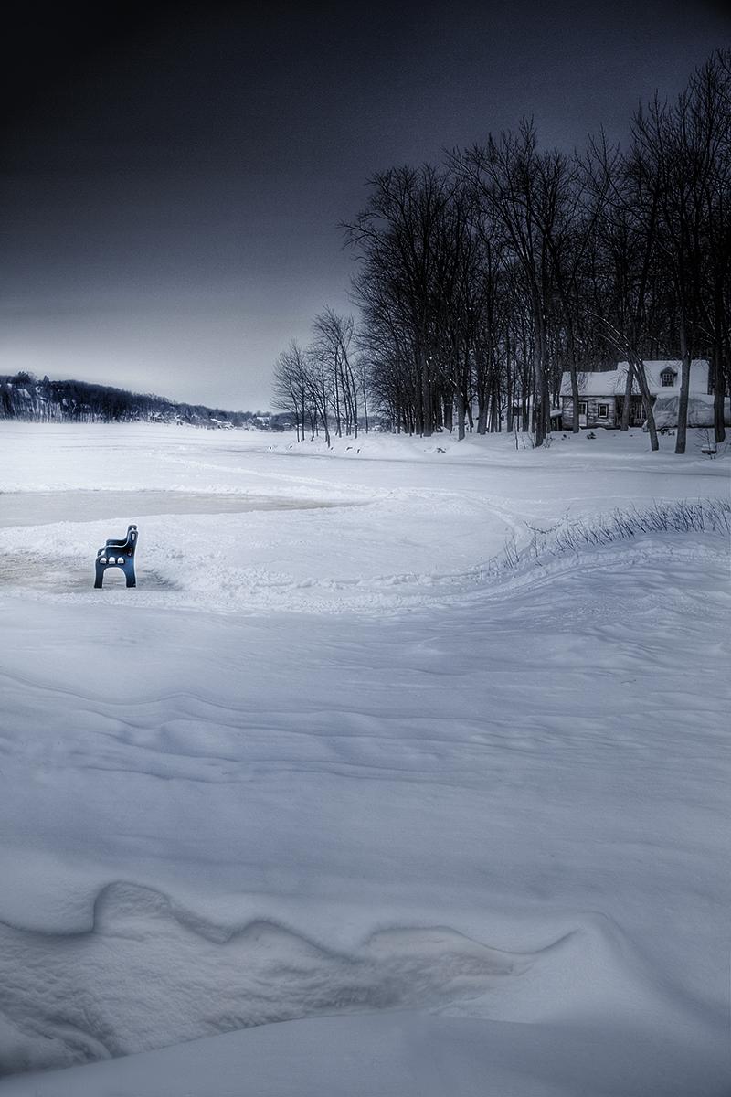 Le banc de la rivière froide. ©Julie_Beauchemin