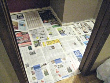 cover the floor with paper