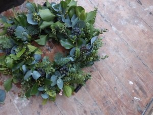 DIY Christmas door wreath