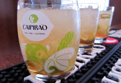 cocktails made with licor beirão