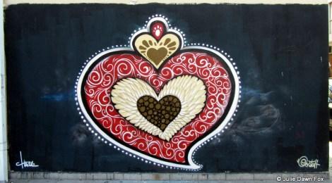 Portuguese heart as street art, Porto