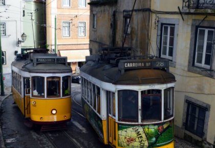 Lisbon trams, one form of public transport you can pay for with Zapping