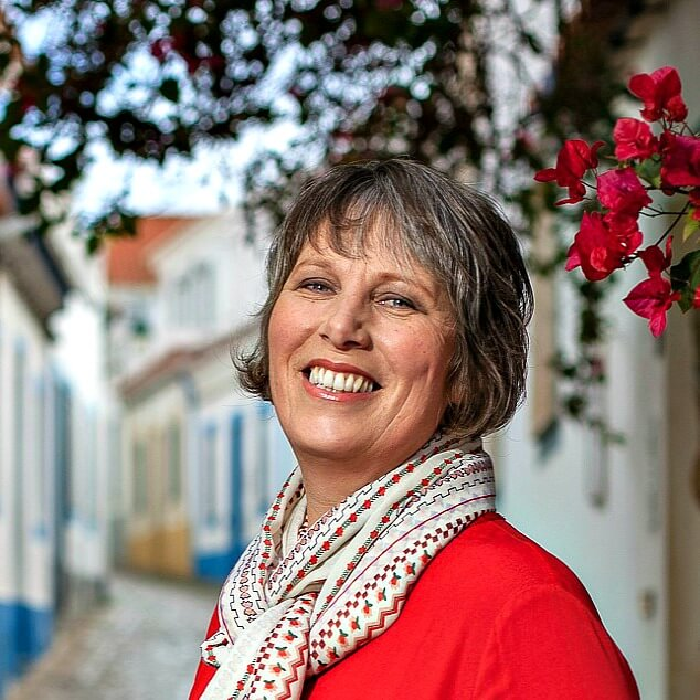 Julie Dawn Fox in Portugal travel blog. Photography by Dave Sheldrake 016b00c98