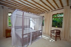 apt 5 bedroom