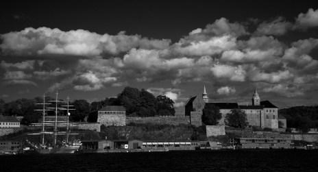 Oslo Fortress seaview II B&W
