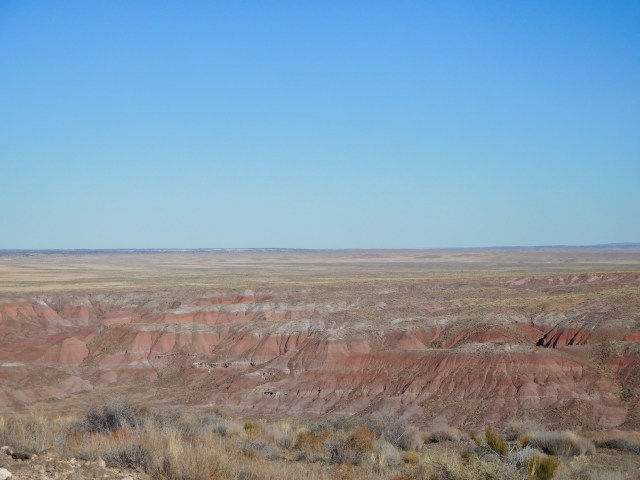petrified_forest_national_park_painted_desert_rim_trail_
