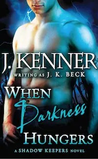 When Darkness Hungers - E-Book Cover