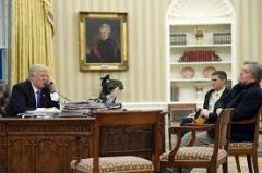 trump-with-bannon