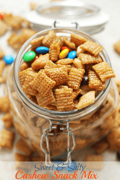 Sweet & Salty Cashew Chex Mix ~ Easy Snack Mix Loaded with Cashews, Chex, M&Ms & Cashews and Smothered in Caramel!