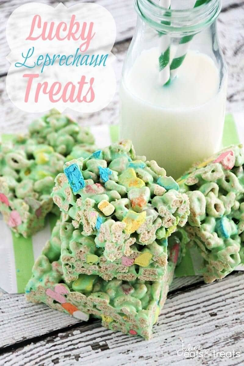 Lucky Leprechaun Treats ~ Quick and Easy Marshmallow Treats Stuffed with Lucky Charms! Perfect Treats for St. Patrick's Day!
