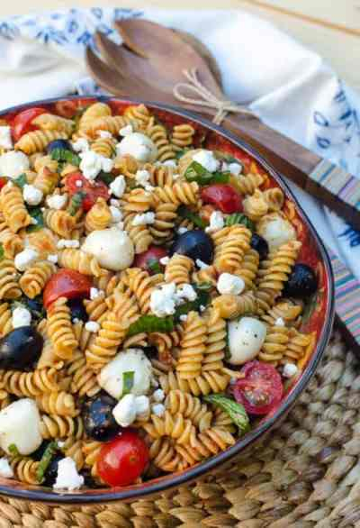 Sun-Dried-Tomato-Pasta-Salad-035-e1432254998100