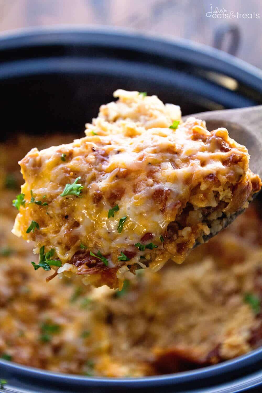 Crockpot breakfast casserole with turkey julie 39 s eats for Crockpot breakfast casserole recipes