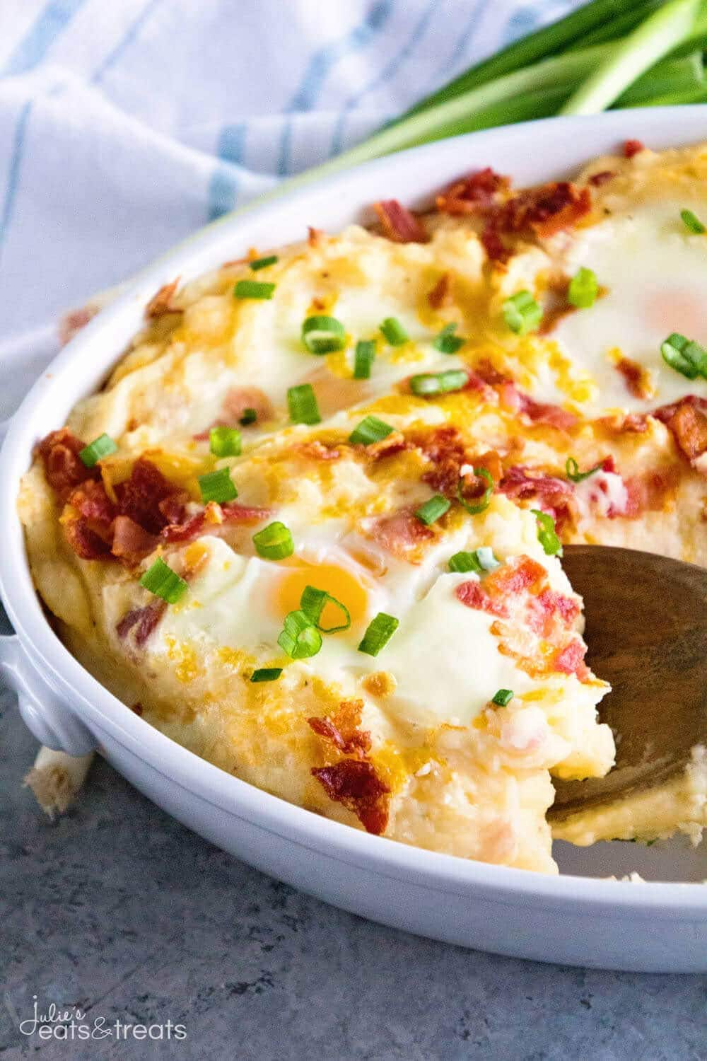 Cheesy Mashed Potato Egg Casserole ~ Perfect Breakfast or Brunch Casserole Loaded with Mashed Potatoes, Eggs, Cheese and Bacon! This Hearty Breakfast Recipe is Perfect for Entertaining!