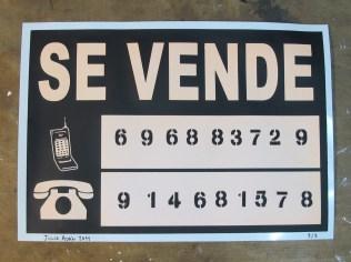 JULIO ADÁN NO SE VENDE 33 días de sol sobre serigrafía. Edición de tres serigrafías (firmadas y numeradas) 35 x 50 cm 2011