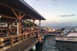 Zeerovers. Where to eat in Aruba