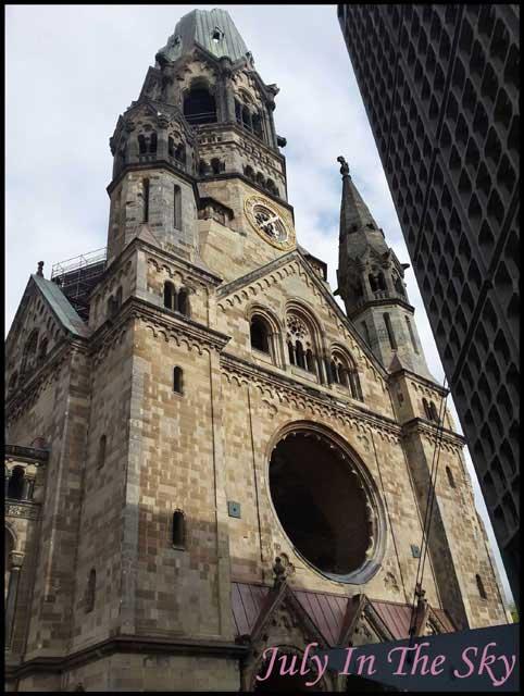 July In The Sky : blog beauté voyage berlin métropole été église souvenir