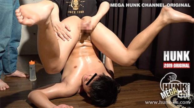 HUNK CHANNEL – OAV670 – 天地逆転垂直雄穴いじり!!!真介(しんすけ)くん19歳!!びっくり逆さ責めに興奮勃起射精!!!