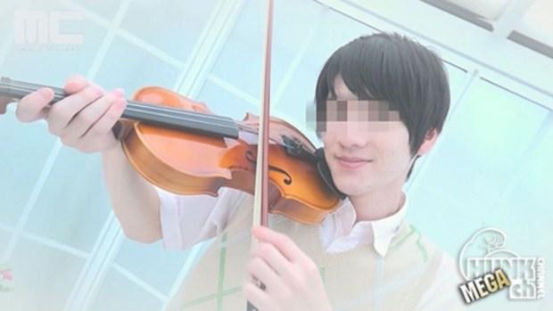 HUNK CHANNEL – MENP-G0781 – ヴァイオリン弾きの青年、如月アキラの片想いの相手とは…!?