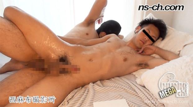 HUNK CHANNEL – NS-557 – 小柄な青年を生掘り!!