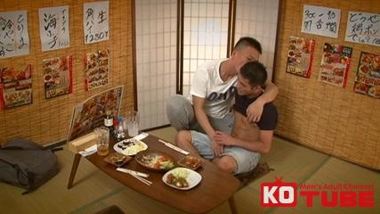[KO TUBE] 個室居酒屋でみんなヤリ過ぎ!! Part.02