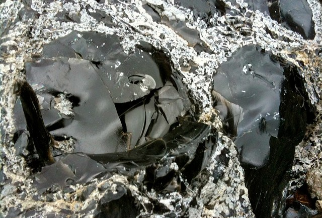 What is obsidian