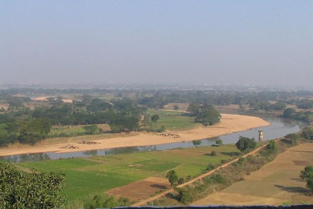 -Kalinga_battlefield_daya_river_dhauli_hills