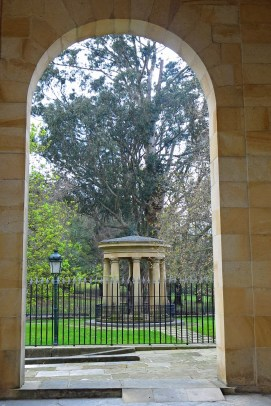 """The """"Old Trunk"""". The original tree was planted in 1700."""