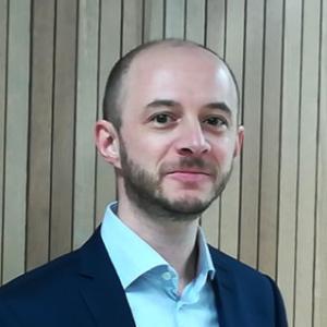 Dr. Nikolas Breitkopf