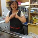 若々しい笑顔の淳子さん。「こう見えても孫が8人いるのよ」という言葉が、とても信じられないほどだ。